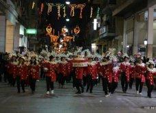 Πατρινό καρναβάλι 2019: Στο απώγειο το κέφι με τη νυχτερινή ποδαράτη παρέλαση! Οι καλύτερες από τις 300+ φώτο   - Κυρίως Φωτογραφία - Gallery - Video 6