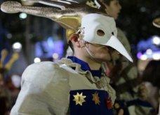 Πατρινό καρναβάλι 2019: Στο απώγειο το κέφι με τη νυχτερινή ποδαράτη παρέλαση! Οι καλύτερες από τις 300+ φώτο   - Κυρίως Φωτογραφία - Gallery - Video 8