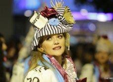 Πατρινό καρναβάλι 2019: Στο απώγειο το κέφι με τη νυχτερινή ποδαράτη παρέλαση! Οι καλύτερες από τις 300+ φώτο   - Κυρίως Φωτογραφία - Gallery - Video 56