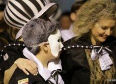 Πατρινό καρναβάλι 2019: Στο απώγειο το κέφι με τη νυχτερινή ποδαράτη παρέλαση! Οι καλύτερες από τις 300+ φώτο   - Κυρίως Φωτογραφία - Gallery - Video 61