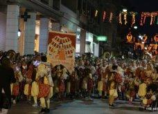 Πατρινό καρναβάλι 2019: Στο απώγειο το κέφι με τη νυχτερινή ποδαράτη παρέλαση! Οι καλύτερες από τις 300+ φώτο   - Κυρίως Φωτογραφία - Gallery - Video 70