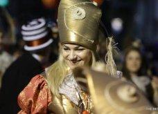 Πατρινό καρναβάλι 2019: Στο απώγειο το κέφι με τη νυχτερινή ποδαράτη παρέλαση! Οι καλύτερες από τις 300+ φώτο   - Κυρίως Φωτογραφία - Gallery - Video 77