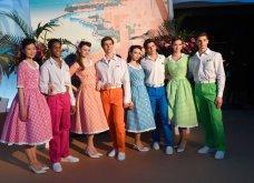 """Η νέα γενιά πριγκίπων του Μονακό στον περίφημο """"Χορό των Ρόδων"""" - Οι εξαίσιες τουαλέτες & τα σμόκιν (φώτο) - Κυρίως Φωτογραφία - Gallery - Video 6"""