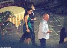 Όταν ο George Clooney κρατάει αγκαζέ την εκθαμβωτική  Amal & πάει σε ρομαντικό δείπνο στη Λίμνη του Κόμο (φώτο) - Κυρίως Φωτογραφία - Gallery - Video 11