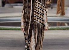 Φώτο-Βίντεο: Ο Fendi για τη νέα του κολεξιόν του ερχόμενου χειμώνα έκοψε τα μαλλιά των κοριτσιών του vintage σαν της Μιρέιγ Ματιέ   - Κυρίως Φωτογραφία - Gallery - Video 23