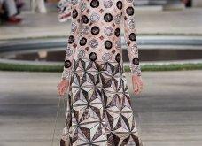 Φώτο-Βίντεο: Ο Fendi για τη νέα του κολεξιόν του ερχόμενου χειμώνα έκοψε τα μαλλιά των κοριτσιών του vintage σαν της Μιρέιγ Ματιέ   - Κυρίως Φωτογραφία - Gallery - Video 47