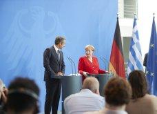 Μητσοτάκης – Μέρκελ στο Βερολίνο: Πρώτα η αξιοπιστία και μετά συζήτηση για τα πλεονάσματα (φωτό & βίντεο) - Κυρίως Φωτογραφία - Gallery - Video 4