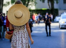 Street style: Αυτά τα υπέροχα φορέματα ήρθαν για να μείνουν - Θα τα φορέσουμε & το φθινόπωρο (φώτο) - Κυρίως Φωτογραφία - Gallery - Video 7