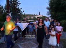 Ατμοσφαιρικές φωτογραφίες μας έστειλε το Ναύπλιο από την κατανυκτική περιφορά του Επιταφίου της Παναγίας με χρώμα από τα Επτάνησα    - Κυρίως Φωτογραφία - Gallery - Video 13