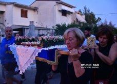 Ατμοσφαιρικές φωτογραφίες μας έστειλε το Ναύπλιο από την κατανυκτική περιφορά του Επιταφίου της Παναγίας με χρώμα από τα Επτάνησα    - Κυρίως Φωτογραφία - Gallery - Video 15