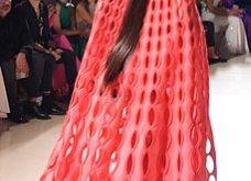 Τα έδωσε όλα η Ναόμι Κάμπελ στην επίδειξη μόδας για φιλανθρωπικό σκοπό - Η κεντρική πασαρέλα (φώτο) - Κυρίως Φωτογραφία - Gallery - Video 11