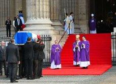 Κηδεία Ζαν Σιράκ: 80 ηγέτες, βασιλιάδες & celebrities -Από τον Μπιλ Κλίντον & τον Πούτιν ως την Σάλμα Χάγιεκ - Όλες οι φώτο & τα βίντεο  - Κυρίως Φωτογραφία - Gallery - Video 3