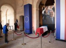 Κηδεία Ζαν Σιράκ: 80 ηγέτες, βασιλιάδες & celebrities -Από τον Μπιλ Κλίντον & τον Πούτιν ως την Σάλμα Χάγιεκ - Όλες οι φώτο & τα βίντεο  - Κυρίως Φωτογραφία - Gallery - Video 4
