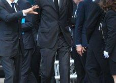 Κηδεία Ζαν Σιράκ: 80 ηγέτες, βασιλιάδες & celebrities -Από τον Μπιλ Κλίντον & τον Πούτιν ως την Σάλμα Χάγιεκ - Όλες οι φώτο & τα βίντεο  - Κυρίως Φωτογραφία - Gallery - Video 6
