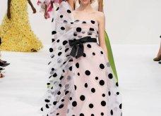 Εβδομάδα Μόδας στη Νέα Υόρκη –Δείτε τις εντυπωσιακές δημιουργίες της  Carolina Herrera για την Άνοιξη/ Καλοκαίρι 2020 (φωτο) - Κυρίως Φωτογραφία - Gallery - Video 44