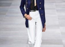 H επίδειξη μόδας της Celine, στο Παρίσι απέδειξε ότι οι Γάλλοι σε ντύνουν σικ ακόμα και με τζιν (φώτο) - Κυρίως Φωτογραφία - Gallery - Video 7