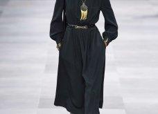H επίδειξη μόδας της Celine, στο Παρίσι απέδειξε ότι οι Γάλλοι σε ντύνουν σικ ακόμα και με τζιν (φώτο) - Κυρίως Φωτογραφία - Gallery - Video 11