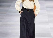 H επίδειξη μόδας της Celine, στο Παρίσι απέδειξε ότι οι Γάλλοι σε ντύνουν σικ ακόμα και με τζιν (φώτο) - Κυρίως Φωτογραφία - Gallery - Video 43