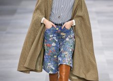 H επίδειξη μόδας της Celine, στο Παρίσι απέδειξε ότι οι Γάλλοι σε ντύνουν σικ ακόμα και με τζιν (φώτο) - Κυρίως Φωτογραφία - Gallery - Video 46