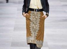 H επίδειξη μόδας της Celine, στο Παρίσι απέδειξε ότι οι Γάλλοι σε ντύνουν σικ ακόμα και με τζιν (φώτο) - Κυρίως Φωτογραφία - Gallery - Video 52