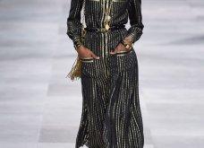 H επίδειξη μόδας της Celine, στο Παρίσι απέδειξε ότι οι Γάλλοι σε ντύνουν σικ ακόμα και με τζιν (φώτο) - Κυρίως Φωτογραφία - Gallery - Video 55