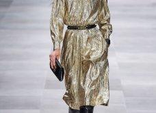 H επίδειξη μόδας της Celine, στο Παρίσι απέδειξε ότι οι Γάλλοι σε ντύνουν σικ ακόμα και με τζιν (φώτο) - Κυρίως Φωτογραφία - Gallery - Video 56