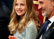 Λάμπει από χαρά η βασίλισσα Λετίσια: Η πανέμορφη κόρη της Ελεονώρα αναλαμβάνει καθήκοντα πριγκίπισσας & απονέμει βραβεία (φώτο-βίντεο) - Κυρίως Φωτογραφία - Gallery - Video 5