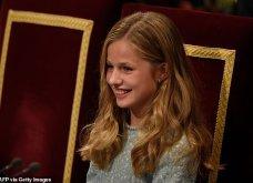 Λάμπει από χαρά η βασίλισσα Λετίσια: Η πανέμορφη κόρη της Ελεονώρα αναλαμβάνει καθήκοντα πριγκίπισσας & απονέμει βραβεία (φώτο-βίντεο) - Κυρίως Φωτογραφία - Gallery - Video 13