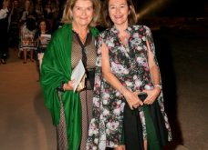 Σούνιο: Υπέρ θέαμα με ρούχα-έργα τέχνης της Mary Katrantzou & μουσική Βαγγέλη Παπαθανασίου - Εκατοντάδες δημοσιογράφοι από όλο τον κόσμο δάκρυσαν & χειροκρότησαν (φωτό & βίντεο) - Κυρίως Φωτογραφία - Gallery - Video
