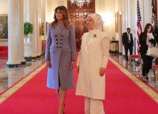 """Συνάντηση Τραμπ- Ερντογάν: Φιλοφρονήσεις & """"μπηχτές"""" - Στα λευκά η Εμινέ - Με σιέλ παλτό 2.295 δολαρίων η Μελάνια (φώτο-βίντεο) - Κυρίως Φωτογραφία - Gallery - Video 18"""
