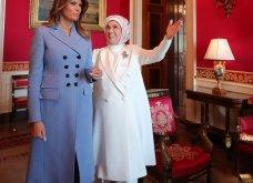 """Συνάντηση Τραμπ- Ερντογάν: Φιλοφρονήσεις & """"μπηχτές"""" - Στα λευκά η Εμινέ - Με σιέλ παλτό 2.295 δολαρίων η Μελάνια (φώτο-βίντεο) - Κυρίως Φωτογραφία - Gallery - Video 19"""