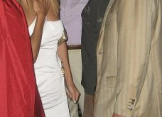 """Η Daily Mail δημοσιεύει αποκλειστικά βίντεο & φώτο με τον Πρίγκιπα Άντριου παρέα με όμορφες κοπέλες - """"Να, λοιπόν που παρτάρεις"""" του λένε  - Κυρίως Φωτογραφία - Gallery - Video 14"""