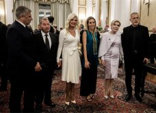 Ε,ναι χαμογελούν Τσίπρας με Άδωνι -Βορίδη - Μητσοτάκη - Μαύρο για Μαρέβα - Royal Blue η Μανωλίδου - Εντυπωσίασαν Βαρδινογιάννη & Πρώτη Κυρία της Κίνας (φώτο)  - Κυρίως Φωτογραφία - Gallery - Video