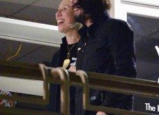 Ο αγαπημένος μας Κιάνου Ριβς 55αρησε & βρήκε τον έρωτα σε μια 46αρα που δεν βάφει τα μαλλιά της - Ε και; - Επιτέλους χαμογελάει! (φώτο) - Κυρίως Φωτογραφία - Gallery - Video 8