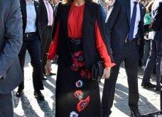 Η βασίλισσα της Ισπανίας Λετίσια στη Σεβίλλη: Υπέροχο μαύρο-κόκκινο look - αφιέρωμα στην Ανδαλουσία (φώτο)   - Κυρίως Φωτογραφία - Gallery - Video 5