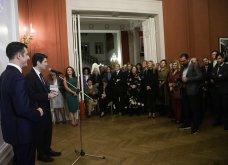 Ο Γιώργος Αρχιμανδρίτης αξιωματούχος των γαλλικών γραμμάτων & τεχνών - Στην τελετή η Μαρέβα Μητσοτάκη & η Φοίβη Αγγελοπούλου (φώτο) - Κυρίως Φωτογραφία - Gallery - Video 19