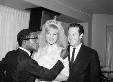 1960: Ο μαύρος Σάμι Ντέιβις παντρεύεται την κατάξανθη Σουηδέζα του May Britt - Σάλος αφού απαγορεύονταν οι γάμοι λευκών με μαύρους (φώτο) - Κυρίως Φωτογραφία - Gallery - Video 20