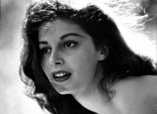 Vintage Pics:  Pier Angeli - Η πανέμορφη αρραβωνιαστικιά του Κερκ Ντάγκλας & μεγάλος έρωτας του Τζέιμς Ντιν σε 45 εκπληκτικές πόζες - Η ταραχώδης ζωή (φώτο)  - Κυρίως Φωτογραφία - Gallery - Video 6