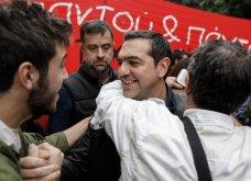 Live η πορείαπρος το Πολυτεχνείο - Ο Τσίπρας επικεφαλής του ΣΥΡΙΖΑ προς στην πρεσβεία των ΗΠΑ - Φώτο - Κυρίως Φωτογραφία - Gallery - Video