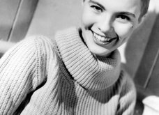 "Vintage beauty pics: Όταν η όμορφη & διάσημη ηθοποιός Τζιν Σίμπεργκ έκοψε ""αγορίστικα"" τα μαλλιά της & έκανε το ""αλά γκαρσόν"" κούρεμα παγκόσμια μόδα (φώτο)  - Κυρίως Φωτογραφία - Gallery - Video 19"