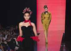 """Grand Finale"" για τον Ζαν Πολ Γκοτιέ - Το ""κακό παιδί"" της μόδας ανακοίνωσε το τελευταίο ντεφιλέ - Οι πιο εντυπωσιακές στιγμές στην πασαρέλα σε 45 φώτο - Κυρίως Φωτογραφία - Gallery - Video 29"