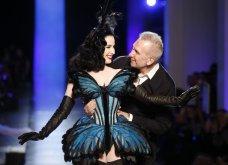 """Grand Finale"" για τον Ζαν Πολ Γκοτιέ - Το ""κακό παιδί"" της μόδας ανακοίνωσε το τελευταίο ντεφιλέ - Οι πιο εντυπωσιακές στιγμές στην πασαρέλα σε 45 φώτο - Κυρίως Φωτογραφία - Gallery - Video 44"