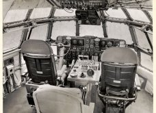 Vintage pics που εκπλήσσουν: Επιβάτες στην πρώτη θέση Boeing του 1947 – Κουβερτούλα, περιοδικό & πλένουν δοντάκια - Κυρίως Φωτογραφία - Gallery - Video 3