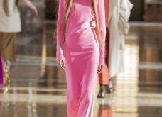 Ο οίκος Valentino σε ένα φαντασμαγορικό show μόδας - Τα κορίτσια & τα αγόρια σε ένα πύργο εποχής (φωτό & βίντεο) - Κυρίως Φωτογραφία - Gallery - Video