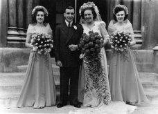 Γάμος εν καιρώ πολέμου: Έτσι ήταν οι νύφες το 1940 - Άλλες με μακριά φουστάνια και πέπλα & άλλες με απλά φορέματα (φωτό) - Κυρίως Φωτογραφία - Gallery - Video 11