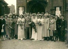 Γάμος εν καιρώ πολέμου: Έτσι ήταν οι νύφες το 1940 - Άλλες με μακριά φουστάνια και πέπλα & άλλες με απλά φορέματα (φωτό) - Κυρίως Φωτογραφία - Gallery - Video 8