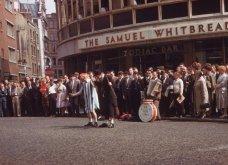 "Vintage Pics: Λονδίνο 1961-  20 υπέροχες φωτογραφίες παρουσιάζουν τη φωτεινή πλευρά μιας 'βροχερής"" πόλης  - Κυρίως Φωτογραφία - Gallery - Video 13"