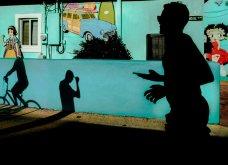 Street Photo Contest: Τα καλύτερα κλικς - Όταν οι φωτογράφοι αποθανατίζουν την καθημερινή ζωή και τρέλα - Κυρίως Φωτογραφία - Gallery - Video 5