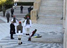 Μεγάλη συγκίνηση όταν παιάνισαν οι Εθνικοί Ύμνοι Ελλάδας, Κύπρου, Ηνωμένου Βασιείου, Ρωσίας και Γαλλίας - Στην κατάθεση στεφάνων  (βίντεο) - Κυρίως Φωτογραφία - Gallery - Video 5