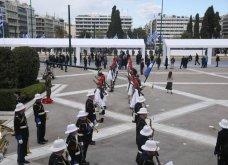 Μεγάλη συγκίνηση όταν παιάνισαν οι Εθνικοί Ύμνοι Ελλάδας, Κύπρου, Ηνωμένου Βασιείου, Ρωσίας και Γαλλίας - Στην κατάθεση στεφάνων  (βίντεο) - Κυρίως Φωτογραφία - Gallery - Video 11